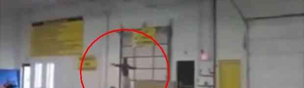 Ovako izgleda kada se gimnastičar pravi važan (VIDEO)