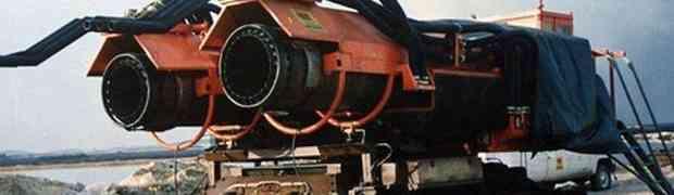 Vatrogasni stroj sačinjen od ruskog tenka i ratnog aviona MiG-21