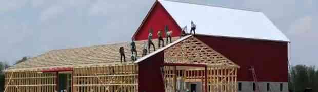RADNICI ZA POŽELJETI: Pogledajte kako su ovi ljudi sagradili ogromni ambar za samo jedan dan!