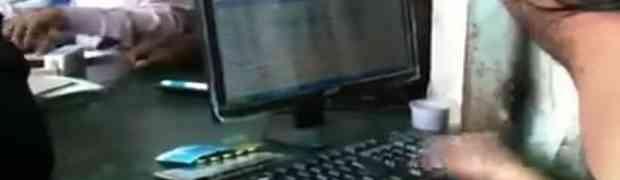 ČOVJEK ROBOT: Sigurni smo da nikada niste vidjeli brže kucanje na tastaturi!