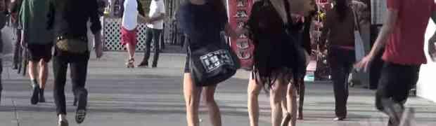 Pogledajte kako reaguju djevojke kada vide zmiju koja ih ganja po gradu! (VIDEO)