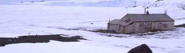 Pronašli su napuštenu drvenu kolibu na Antartici, no kada su pogledali unutra...