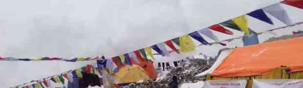 ŠOKANTNA SNIMKA SA NAJVIŠE PLANINE NA ZEMLJI: Snimili kako ih je zatrpala snježna lavina!