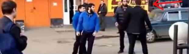 Ova trojica su izabrala POGREŠNOG Rusa za tuču, pogledajte šta se desilo (VIDEO)