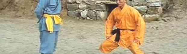 Čovjek sa najjačim mu*ima na svijetu! Pogledajte kako ovaj budist prima brutalne udarce u međunožje! (VIDEO)