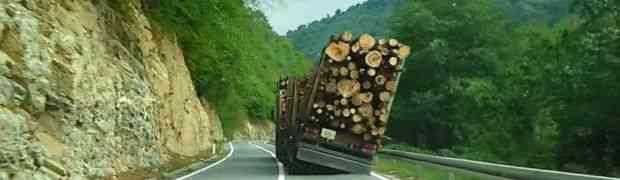 Ovaj kamion je izbjegao katastrofu (VIDEO)