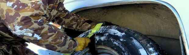 Zapali ste u snijegu i ne možete da pokrenete svoje auto? Ovo će vas riješiti nevolja U SEKUNDI! (VIDEO)