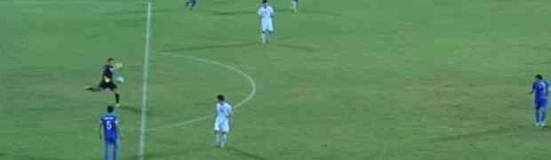 Kada vidite šta je uradio golman Sjeverne Koreje, nećete se prestati smijati! Ovo je sigurno najluđi gol koji ste ikada vidjeli!