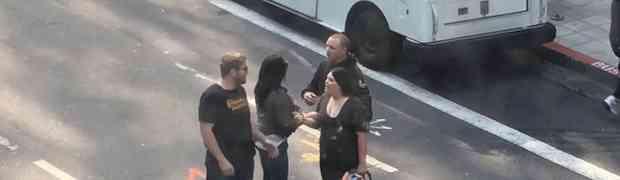 Vrijeđao je dvije djevojke na cesti, a onda mu je prišao jedan ćelavi tip i uradio nešto NEOČEKIVANO! (VIDEO)
