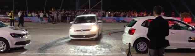 MAJSTORSTVO ZA VOLANOM KAKVO SE RIJETKO VIĐA: Ovako se parkira VOLKSWAGEN POLO! (VIDEO)