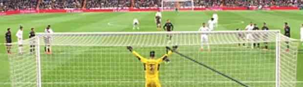 Gledala je utakmicu Real Madrida i odlučila da mobitelom snimi penal kojeg je izvodio Cristiano Ronaldo. UBRZO JE ZAŽALILA! (VIDEO)