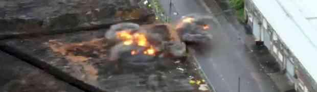 Detonirali su ogromnu zaostalu bombu iz Drugog svjetskog rata, no čekajte da vidite šta će se pojaviti iz dima! (VIDEO)