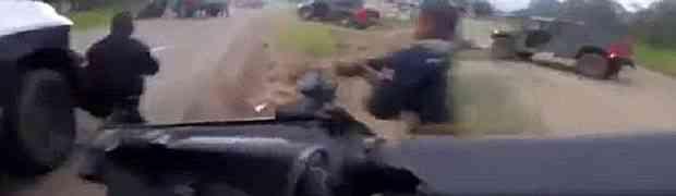 Dramatična snimka prikazuje trenutak kada specijalna policija upada u zasjedu narko kartela i započinje smrtonosnu bitku! (VIDEO)