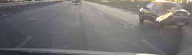 Vozili su se autocestom u svojim automobilima, a onda su odjednom naletjeli na OVO! Neki ljudi zaista nisu normalni... (VIDEO)