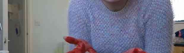 Došao je kući i zatekao svoju suprugu s krvavim rukama. Nećete vjerovati šta će se dogoditi na 2:38! (VIDEO)