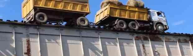 MAJSTOR ZA VOLANOM: Kada vidite kuda ovaj kamiondžija 'tjera' svoj kamion, UHVATIĆETE SE ZA GLAVU! (VIDEO)