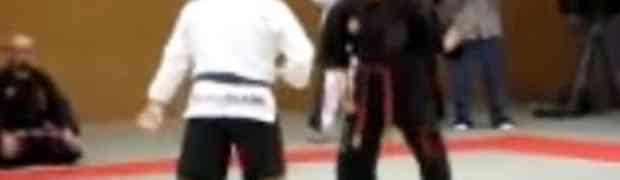 Karate učitelj se hvalio da posjeduje 'nevidljivu silu' kojom može istući svakoga, a onda je došao MMA borac i OČITAO MU LEKCIJU!
