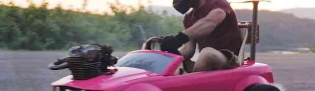 Stavio je pravi motor iz Honde u autić za barbike. OVO ĆETE HTJETI IMATI! (VIDEO)