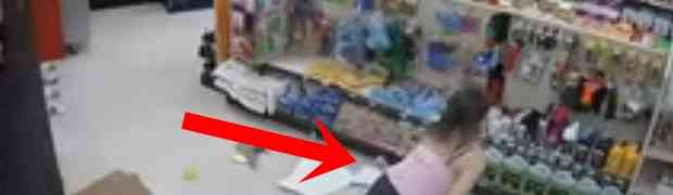 Bježala je u prodavnici od policije, a ono što je doživjela na 0:18 PAMTIĆE SVOJ CIJELI ŽIVOT (VIDEO)